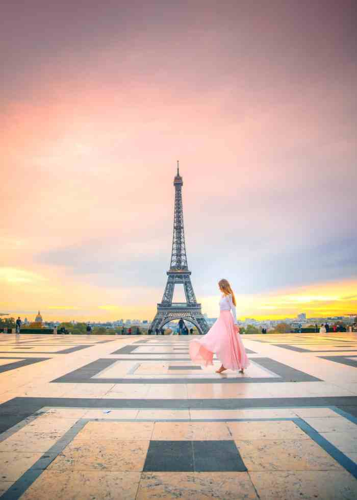 See the Paris Sunrise from on top of the Trocadero for a memorable experience