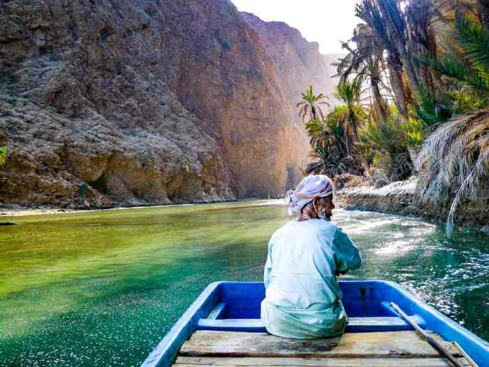 Boat ride to Wadi Shab in Oman