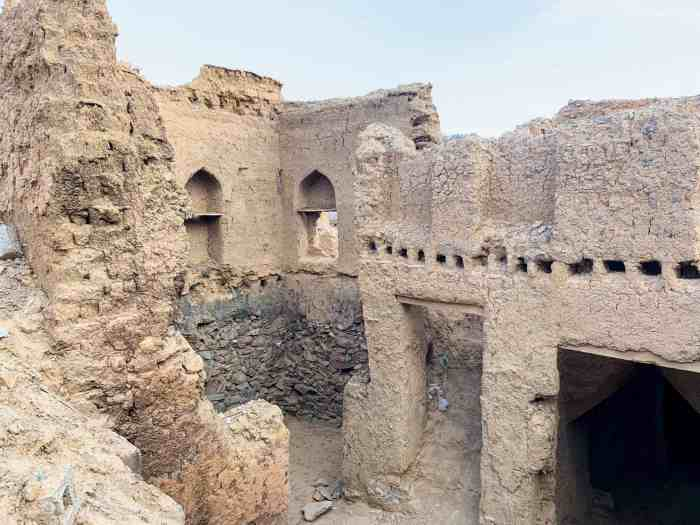 Visit Al Misfah ruins for one of the most unique things to do in Oman