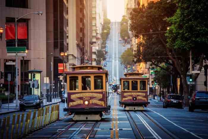 cable car going up and down the streets of San Francisco