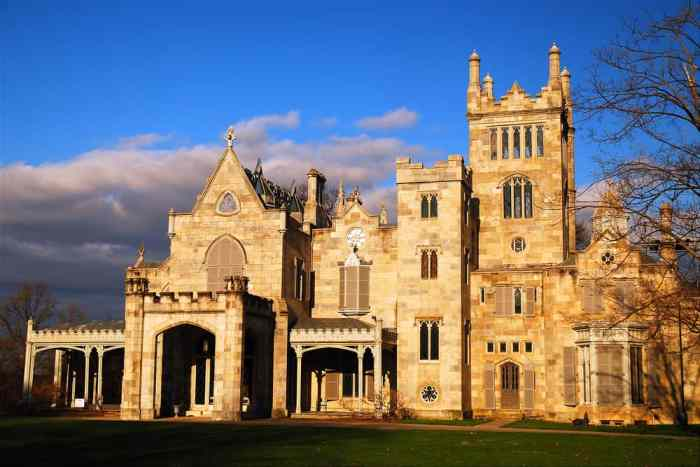 One of several great castles in America on the East Coast