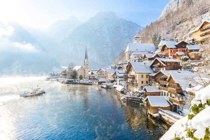 A stunning view of the lake and town of Hallstatt, one of the Christmas markets in Austria