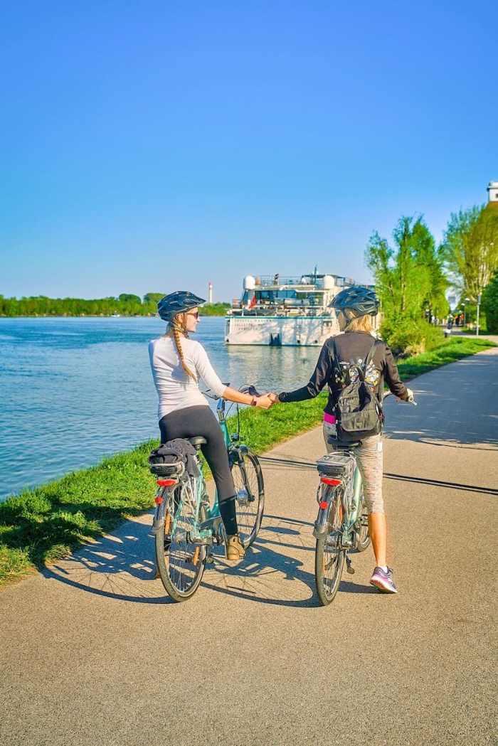 Electric bikes along the Danube