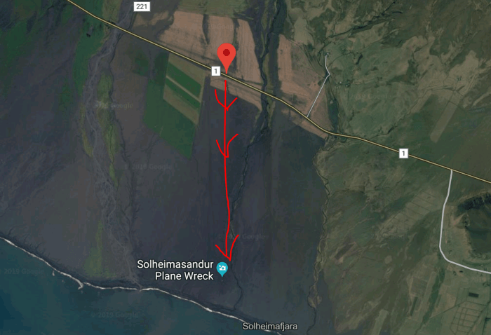 map of hike to plane crash in iceland