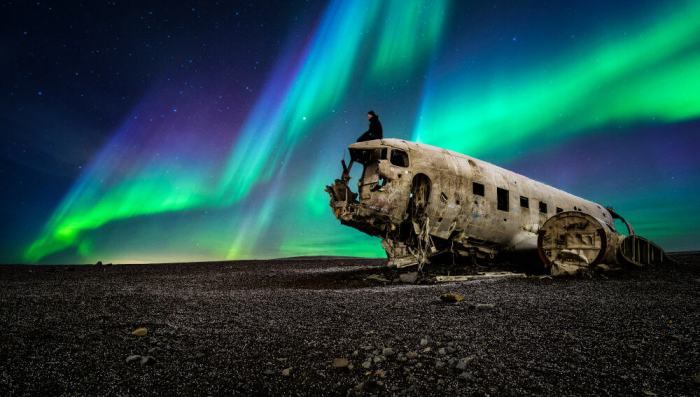 northern lights over the Iceland plane crash