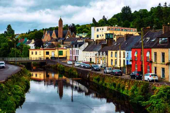small town in ireland filled with ireland car hire vehicles