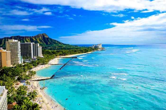 Add earplugs to your Hawaii packing list because those super touristy areas, like the one pictured here, can be busy with traffic and sound when trying to relax!