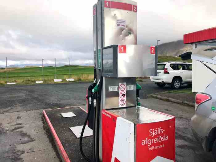 gas station prices in Iceland