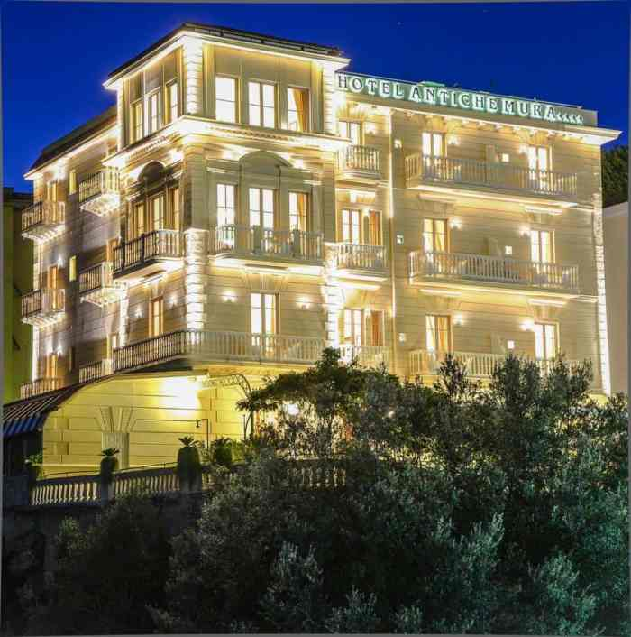 Hotel Antiche Mura, Sorrento, lit up at night. It's where to stay on the Amalfi Coast!