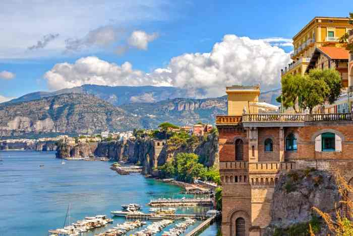 The stunning landscape and hills of Sorrento, an amazing choice of where to stay on the Amalfi Coast