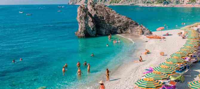 7 Best Cinque Terre Beaches to Catch Some Sun