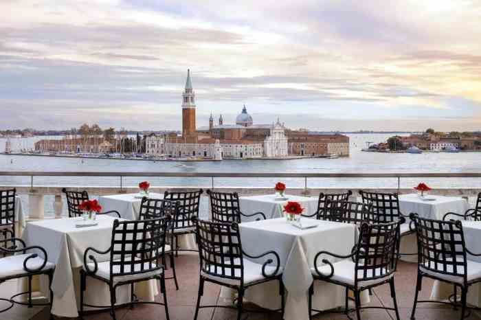 Hotel Danili is where to stay in Venice for luxury