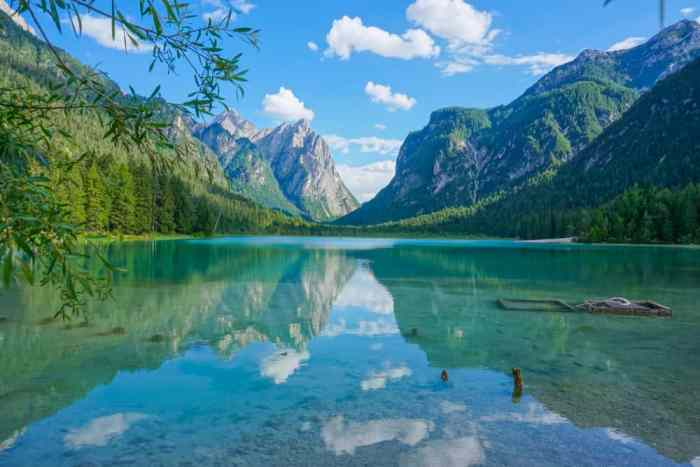 All lakes in Italy are beautiful especially in the Dolomites, like Lake Dobbiaco