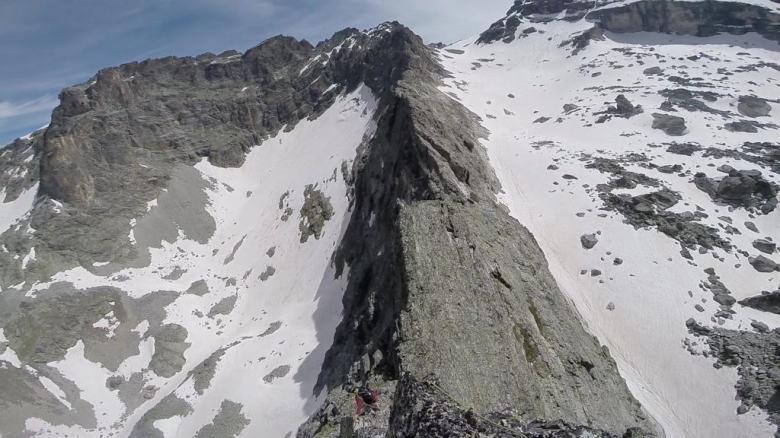Si scende dalla cima del Bric...la strada è ancora lunga!