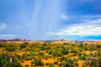 And then the storm did roll in... #lightning #Utah #arches #nationalpark