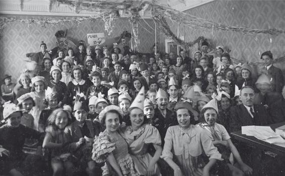 Topografia della memoria 1919-1948. I luoghi della memoria ebraica in teatro.