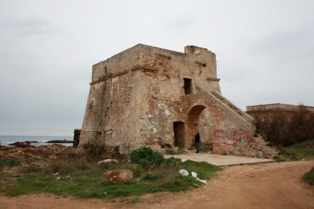 Batti il ferro quand'è caldo, ovvero le torri costiere di Terra d'Otranto in una relazione del 1624 (1/2)