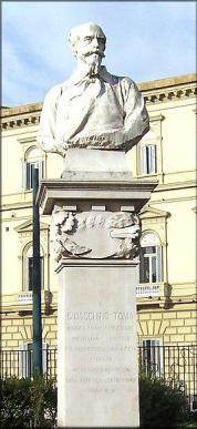 Napoli Monumento a G .Toma villa Comunale Opera di Francesco Ierace- 1922