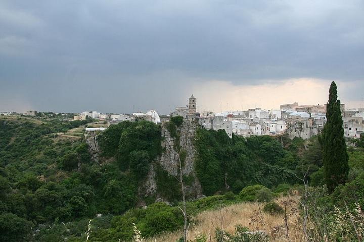 immagine tratta da http://it.wikipedia.org/wiki/File:Laterza_Apulia.jpg