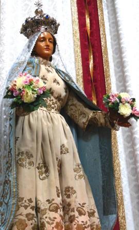 il simuacro della Madonna dei Fiori nel Duomo di Gallipoli