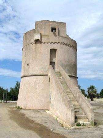 Un'inedita relazione sullo stato delle torri costiere del Regno di Napoli