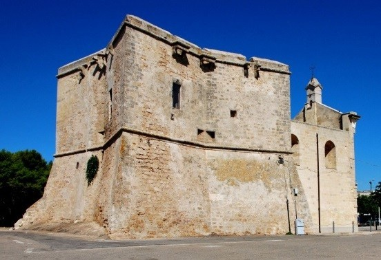 Una fortificazione moderna: la torre di San Pietro in Bevagna