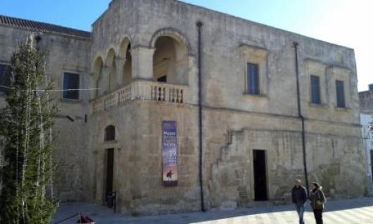 Vaste, Palazzo baronale