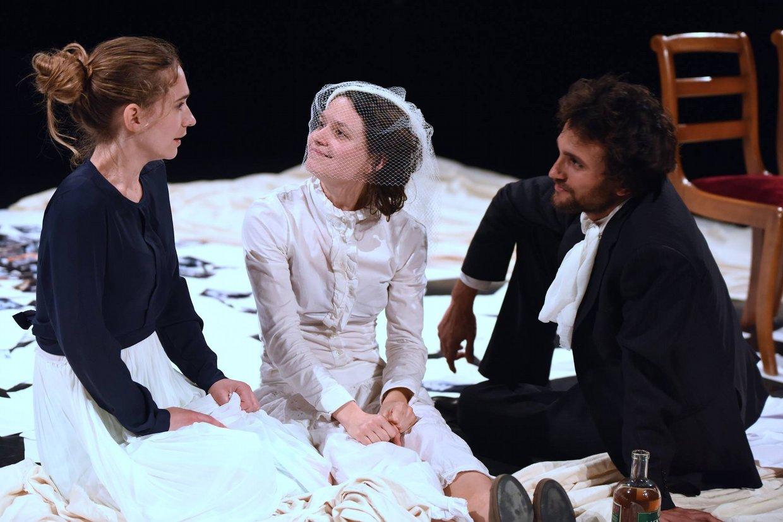 "Teatro|Va in scena ""Hedda Gabler"" di Henrik Ibsen"
