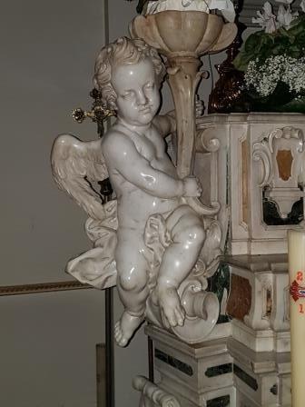 Gennaro Cimafonte e l'altare maggiore della chiesa del Rosario di Martano