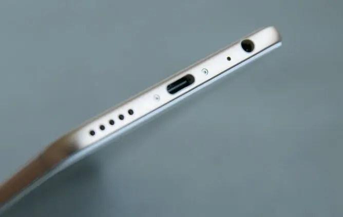Xiaomi Mi A1 bottom