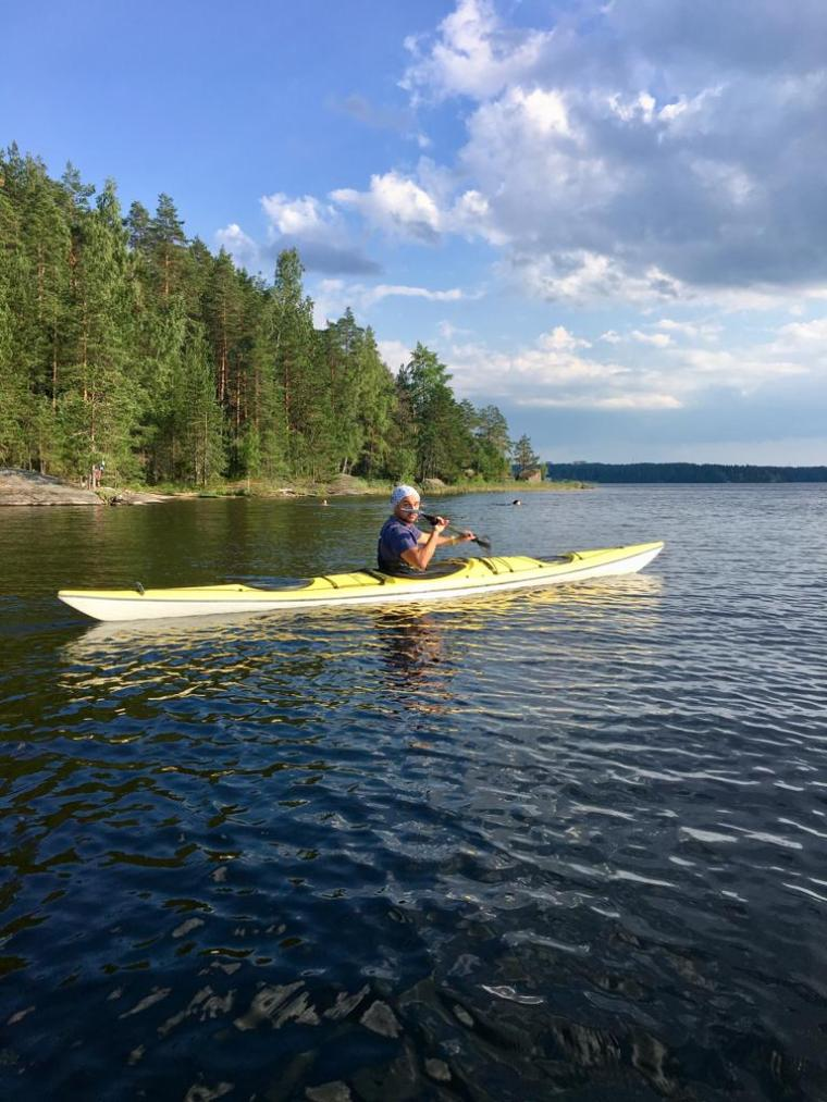 Canoa in Finlandia d'estate