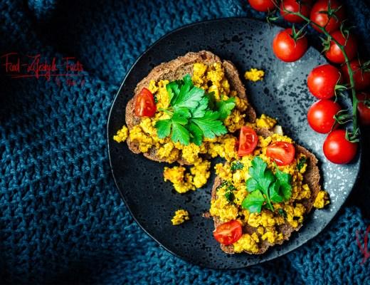 Veganes Tofu Rührei – Tofu Scramble Rezept, vegan, glutenfrei, einfach