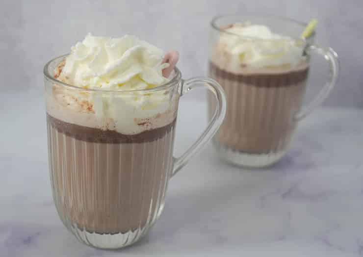 Warme Nutella chocolademelk | Foodaholic.nl
