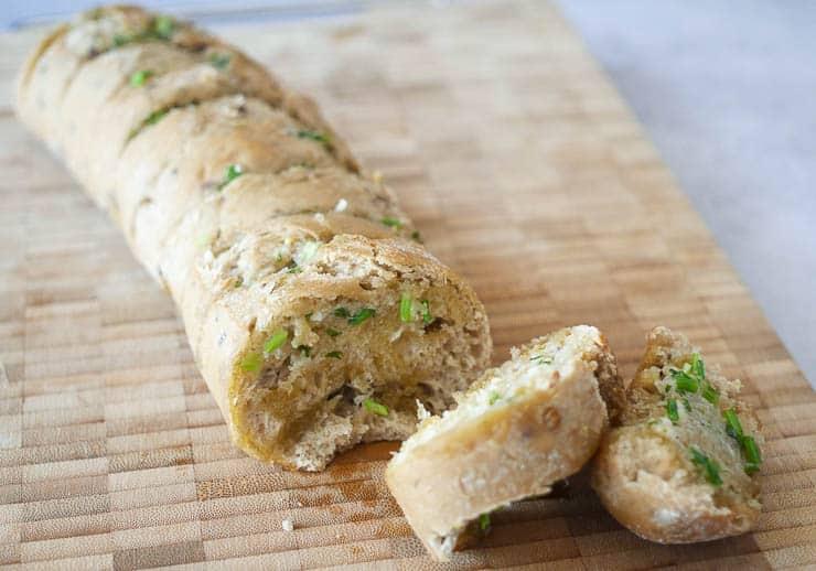 Stokbrood kruidenboter | Foodaholic.nl