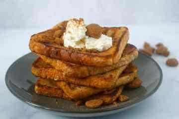 Wentelteefjes met kruidnoten en mascarpone | Foodaholic.nl