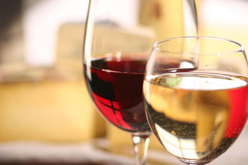 wine-red-white