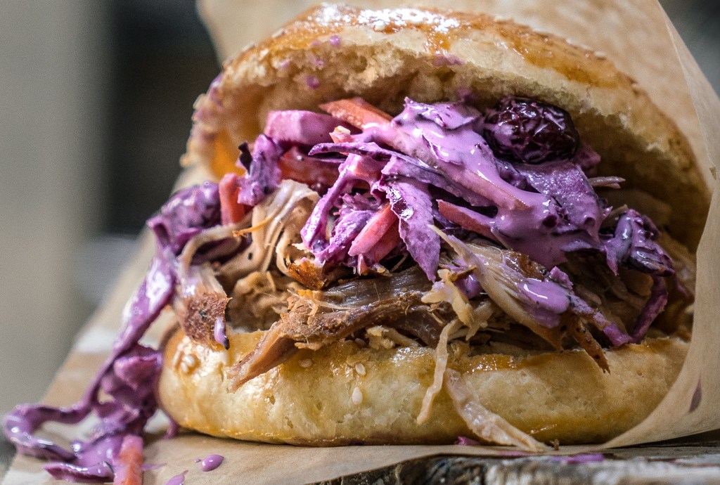 Pulled Pork Burger with Coleslaw