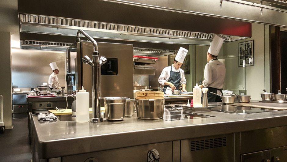 Kitchen Dos Cielos