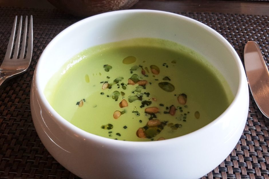 Summer pea soup House of Tides