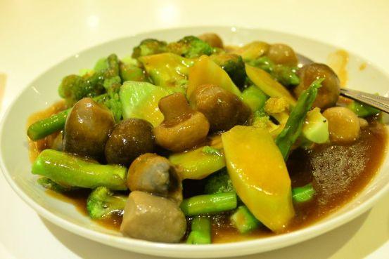 Mandarin Tea Garden - Four Seasonal Vegetables in Oyster Sauce