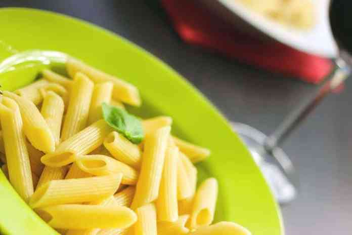Dump-and-Bake Spring Pasta