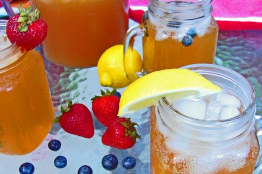 Sparkling Iced Tea | Food Drinks Life