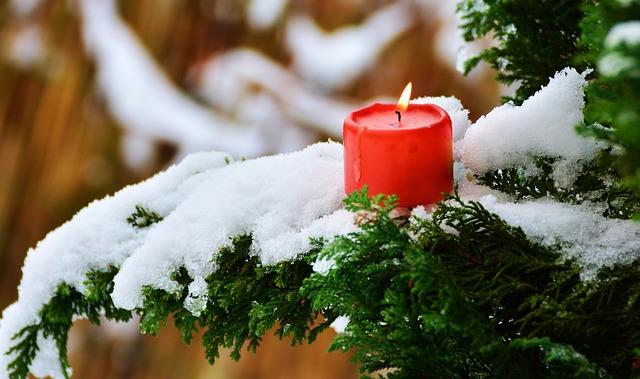 7 Ways to Get into the Christmas Spirit | Food Drinks Life