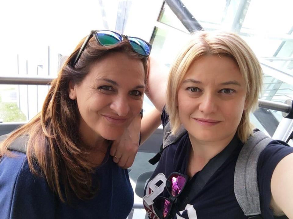 Due viaggiatrici: Moira e Raffaella sulla funivia destinazione Monte Bianco