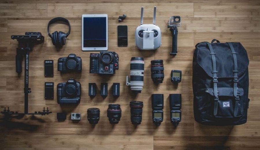 Come scegliere l'attrezzatura fotografica da viaggio