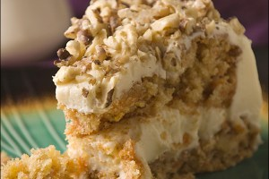 Old-Fashioned Carrot Cake with Vanilla Cream Cheese Frosting
