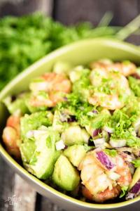 shrimp-and-avocado-salad-foodflag