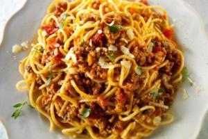 Spaghetti bolognese: Italian chefs show world the correct way