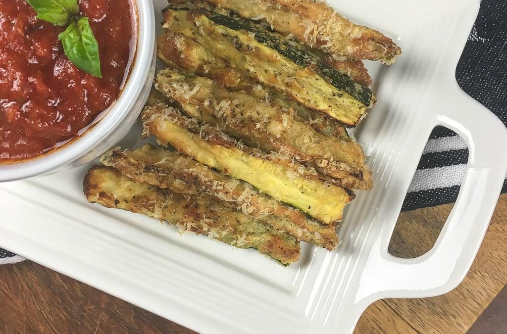 Crispy Zucchini Fries with Marinara Sauce