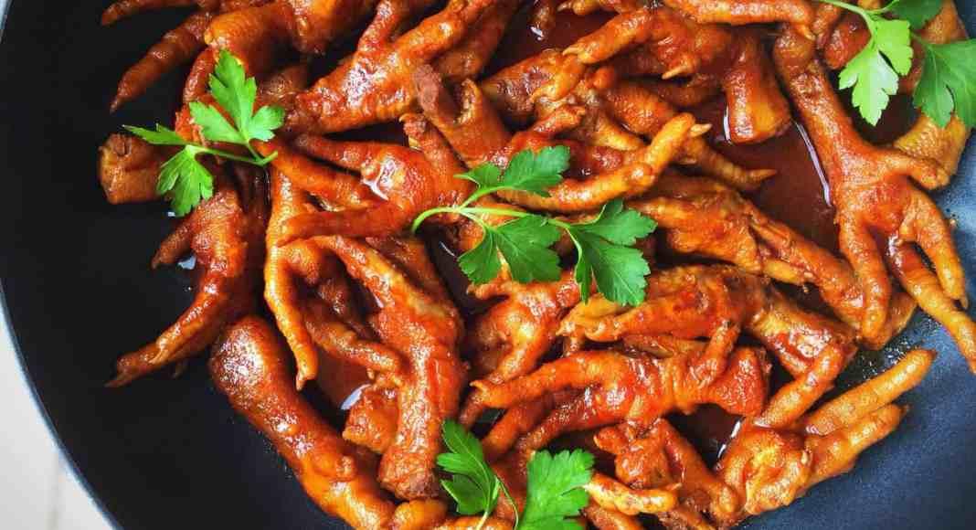 Popular Chef, Nono Ntshali's chicken feet dish which is a distinctive Mzansi delicacy.
